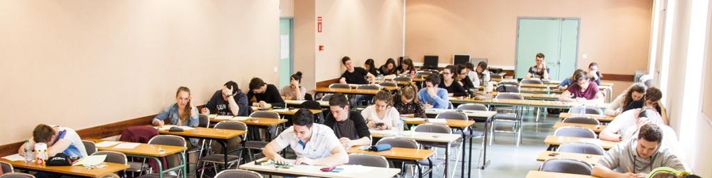 Salle d'examen - Sainte-Thècle
