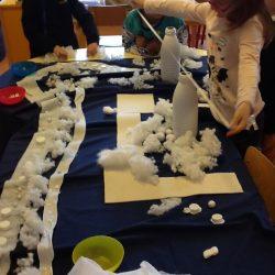 Journée sur le thème du blanc et de l'hiver en maternelle