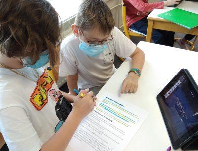 EMC Droits des enfants Sixième Sainte-Thècle